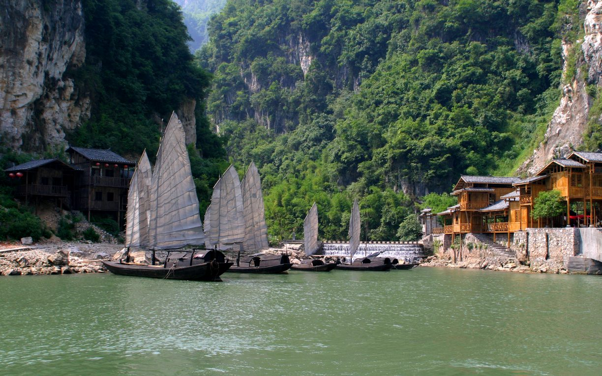 3 Gorges yangtze china