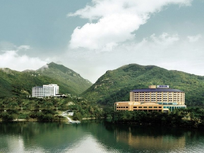 Cheongpung Lake and Hill Resort