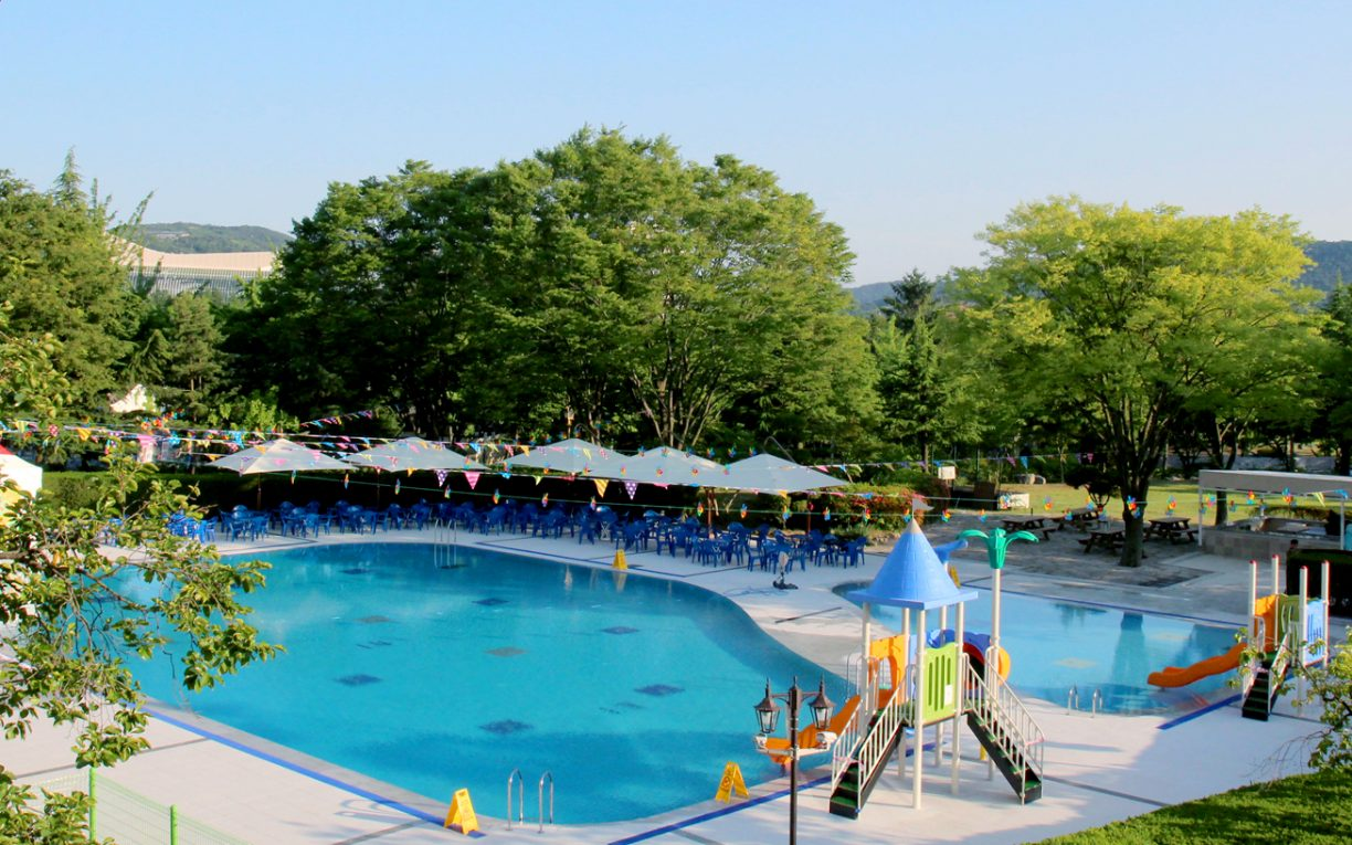 Commodore Hotel Gyeongju Pool