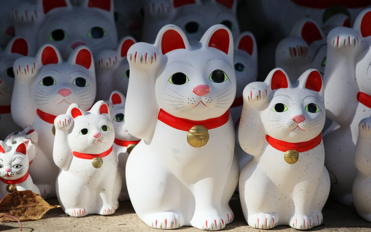Waving Lucky Cats Doll Japan