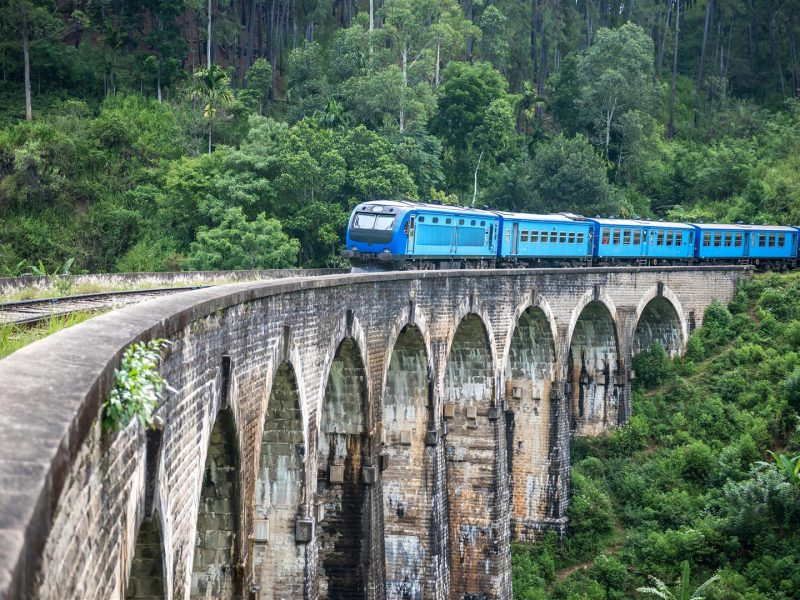 Train Journey Hill Countr ySri Lanka