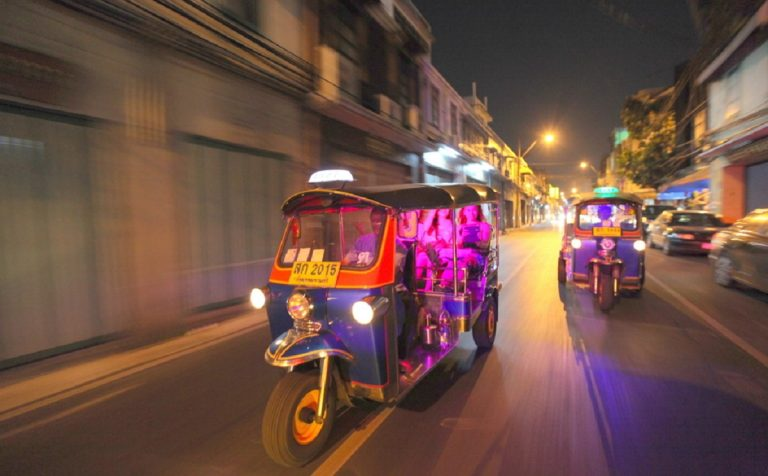 night explore by tuk tuk bangkok thailand