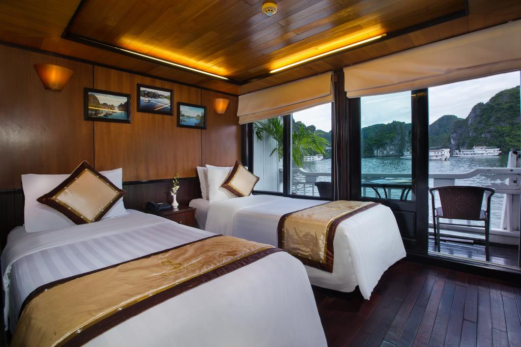 twin syrena cruise halong bay vietnam
